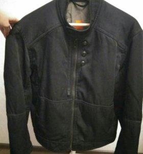 Куртка оригинальная Hugo boss