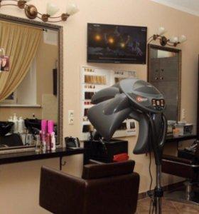 Сдаётся в аренду рабочее место для парикмахера.