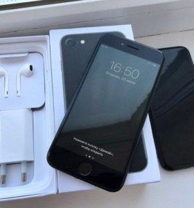 iPhone 7 32Гб в идеальном состоянии