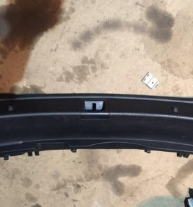 Обшивка накладка багажника панель Mercedes C207 E