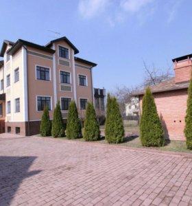Коттедж, 500 м²