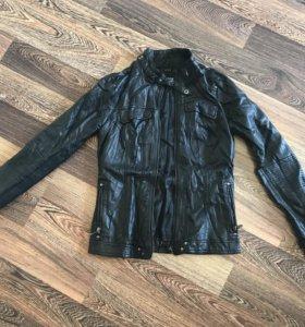 Куртка кожзаменителя с эффектом мятая кожа