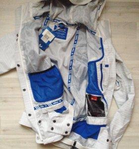 Сноубордическая куртка Adidas