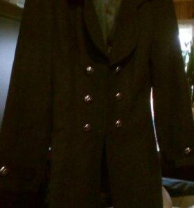 Пальто новое 44-46 размер