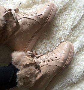 Ботинки зима(40на39)