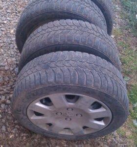 Зимние шины с дисками Bridgestone