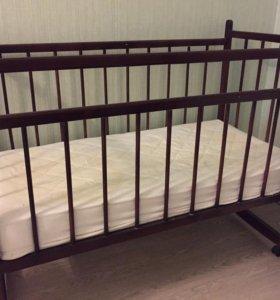 Детская кроватка +матрас