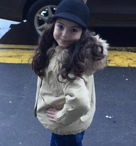 Куртка для девочки и кепочка
