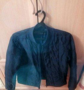 Куртка осеняя темно-синяя
