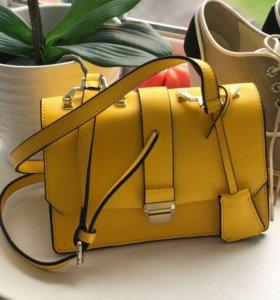 Кожаная сумочка,,MIU MIU''