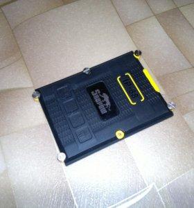 Крышка для защищенного смартфона