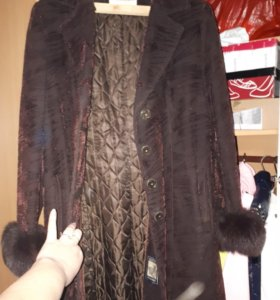 пальто с шикарным мехом