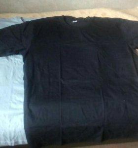 2 мужские футболки 64 размера.