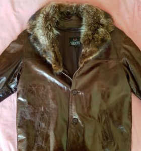 Новая зимняя мужская кожаная куртка.