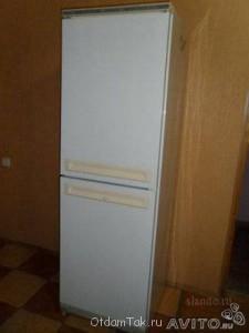 двухкамерный холодильник Стинол 107l