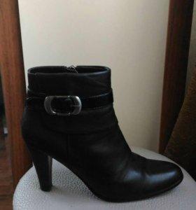 Натуральные кожаные ботиночки