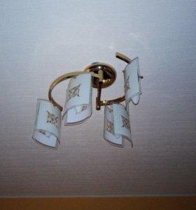 Люстра б/у на 4 лампы.