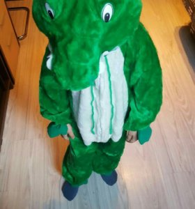 Новогодний костюм крокодил