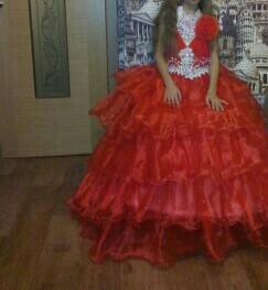 Платье рост 150 корсет +подъюбник