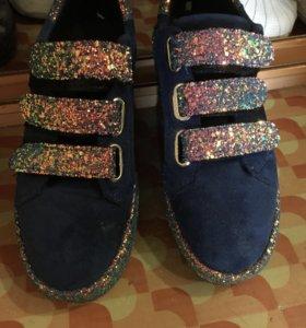 Туфли кроссовки кеды