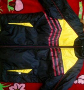 Куртка на мальчика 10-12лет