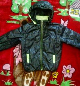 Куртка на мальчика на 5-6лет