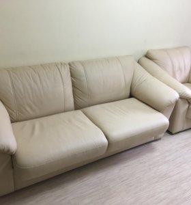 Диван 3-х местный и кресло
