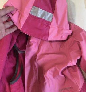 Комбинезон и куртка на девочку