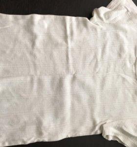 Белая однотонная футболка
