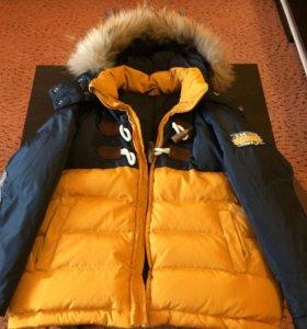 Зимняя куртка-пуховик
