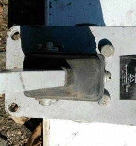 100-3514008-10 Кран тормозной 2-секционный ЗИЛ,КАМ