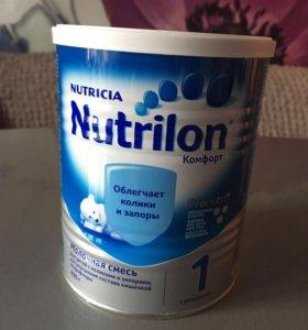 Молочная смесь Nutrilon 1 комфорт
