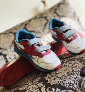 красавки adidas by Reebok