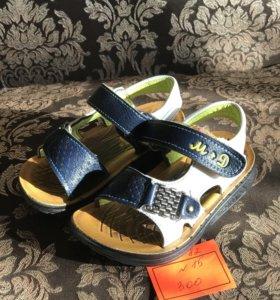 Сандали , обувь, кроссовки
