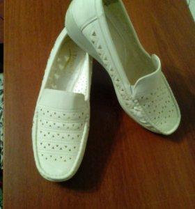 Туфли,новые,р-р39(на38)