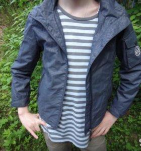 Ветровка для мальчика (128 см)