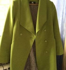Пальто женское р. 44