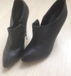 Ботинки обувь туфли