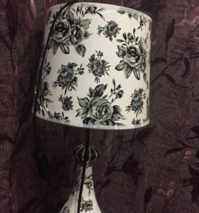 Настольная лампа 2- штуки