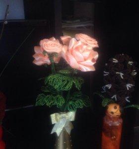 Цветы роза в вазе