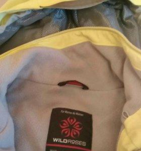 Горнолыжная куртка фирмы Wild, куплена в Андорре р