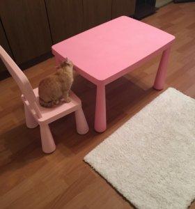 Стол и стульчик Икеа