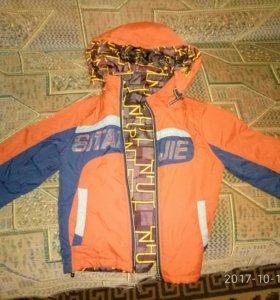 Куртка двусторонняя осень -весна.3-4 года