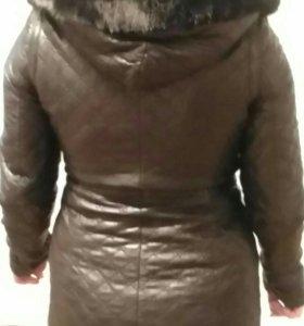 Кожаная куртка с мехом норки.
