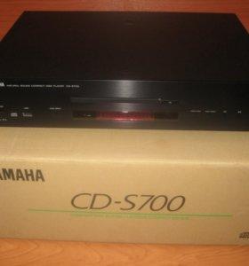 CD проигрыватель Yamaha - СD-S700.