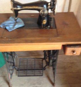 Подольская -швейная - ножной привод машинка