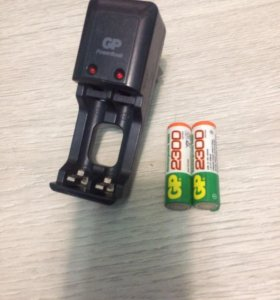 Зарядное устройство и аккумуляторные батарейки