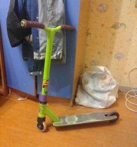 трюковой самокат slamm scooters(ТОРГ-ОБМЕН)