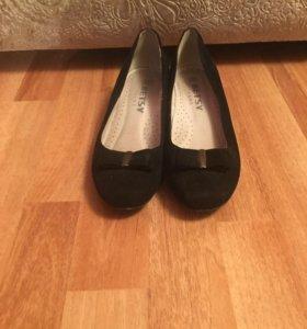 Туфли на школьном каблуке