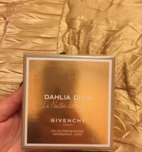 Givenchy Dahlia Divin Nectar